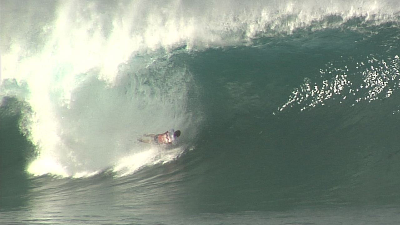 2011 Billabong Pipe masters Wipeouts